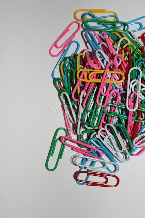 Kolorowi paperclips zdjęcie stock