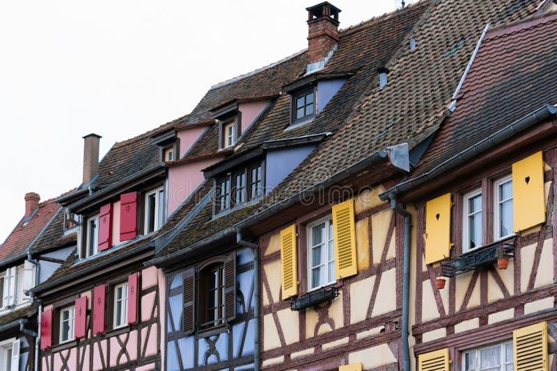 Kolorowi tradycyjni starzy francuzów domy w Małym Venise, Colmar, ribeauville, Francja zdjęcie stock