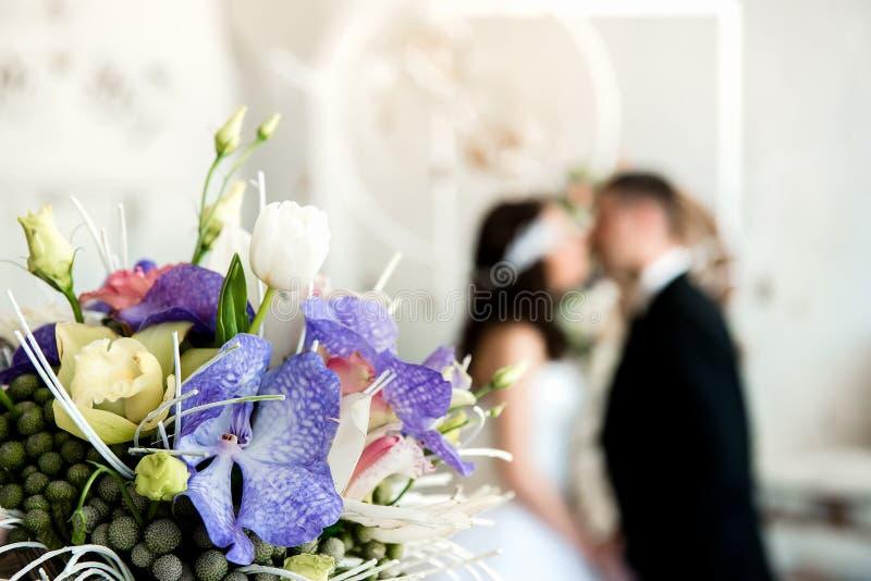 Kolorowy bukiet świezi kwiaty zdjęcie royalty free