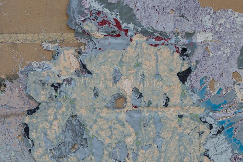 Kolorowy czerepu zakończenie stary rocznika ściana z cegieł obraz stock