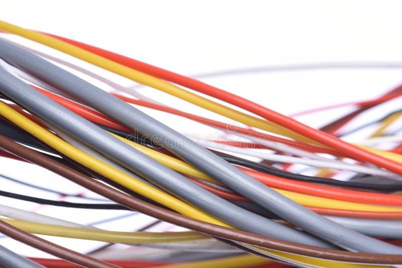 Kolorowy elektryczny kabel używać w telekomunikacyjnej instalacji fotografia stock