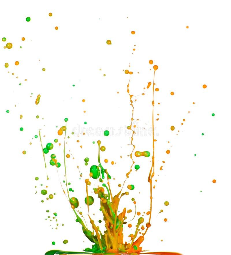 Kolorowy farby chełbotanie odizolowywający obraz stock
