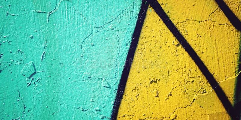 Kolorowy farby tło - stonowany skutek Graffiti zbliżenie obrazy stock