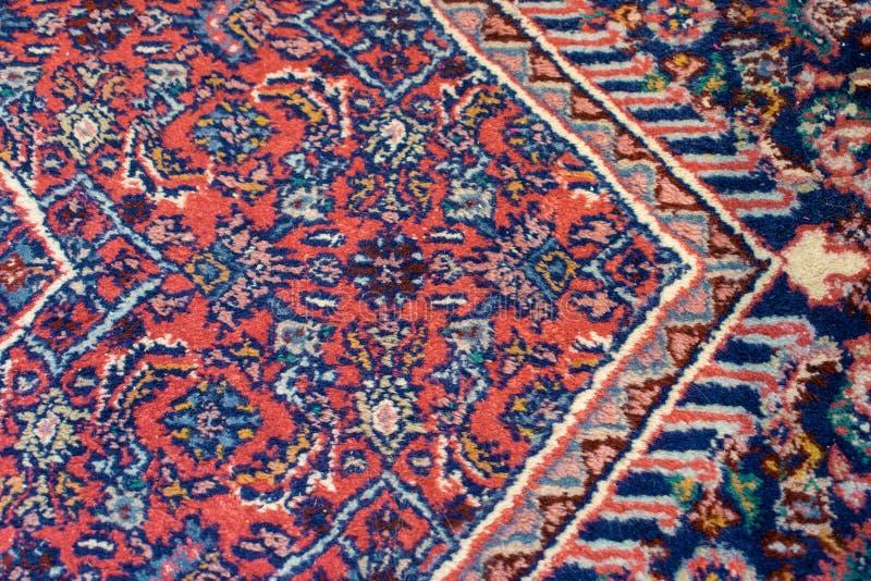 Kolorowy Orientalny dywanik z dużo barwi zdjęcie stock