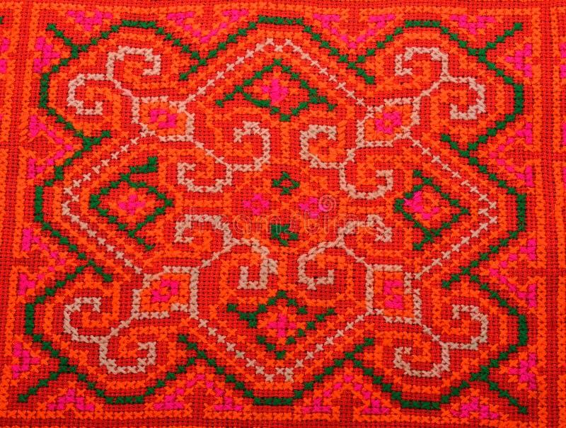 Kolorowy Tajlandia stylu dywanika powierzchni zakończenie w górę rocznik tkaniny jest m fotografia royalty free