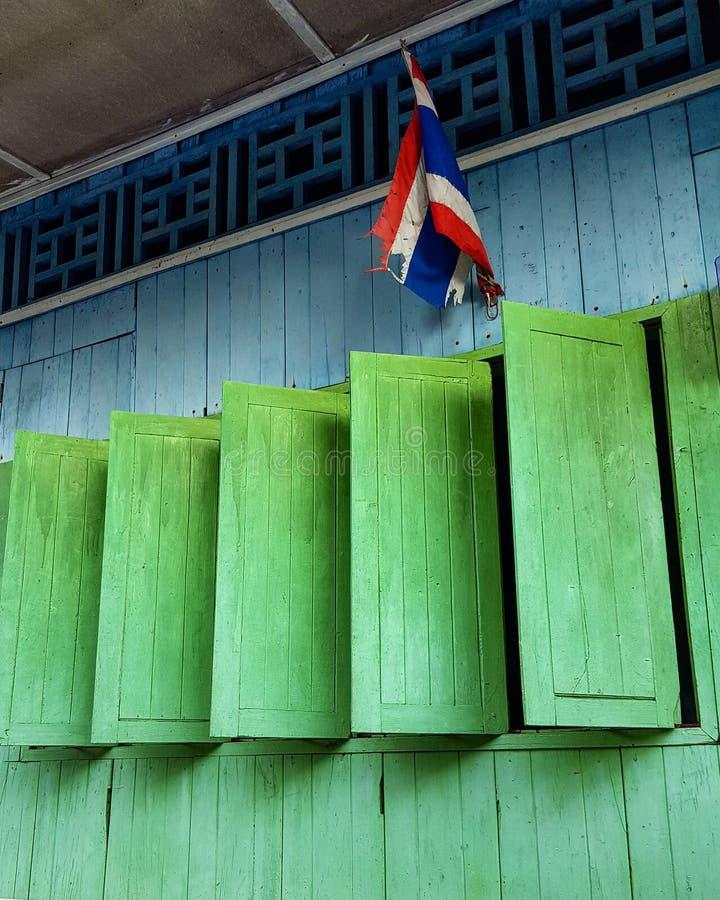 kolorowy w domu drewnianego obrazy royalty free