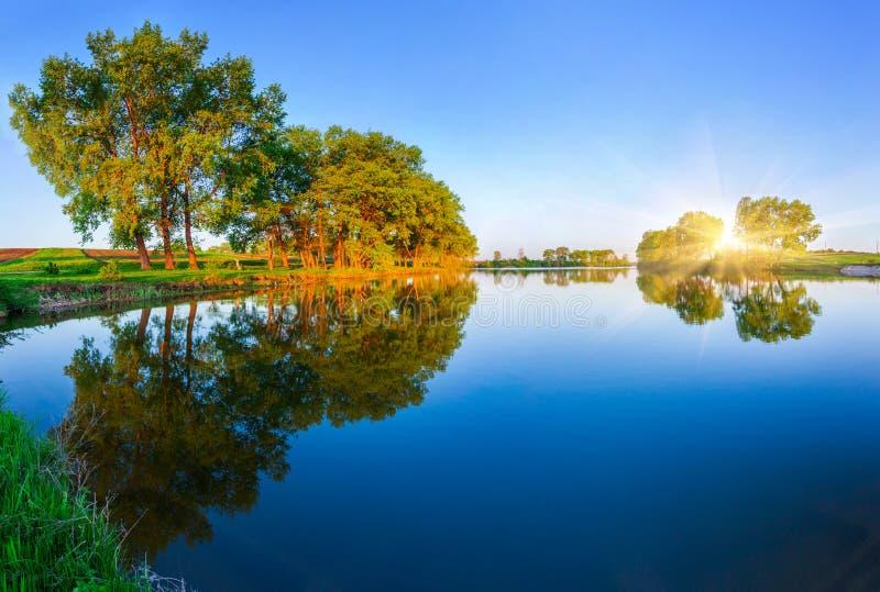 Kolorowy wiosna krajobraz fotografia royalty free