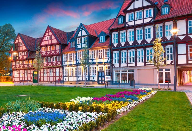 Kolorowy wiosna zmierzch w Wolfenbuttel wiosce zdjęcia stock
