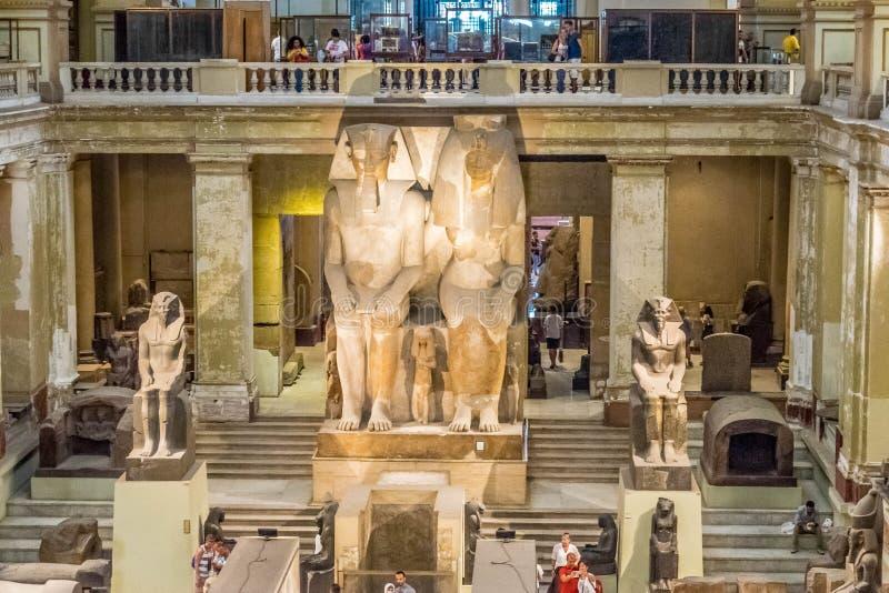 Kolossale Statue von Amenhotep III und von Tiye stockbilder