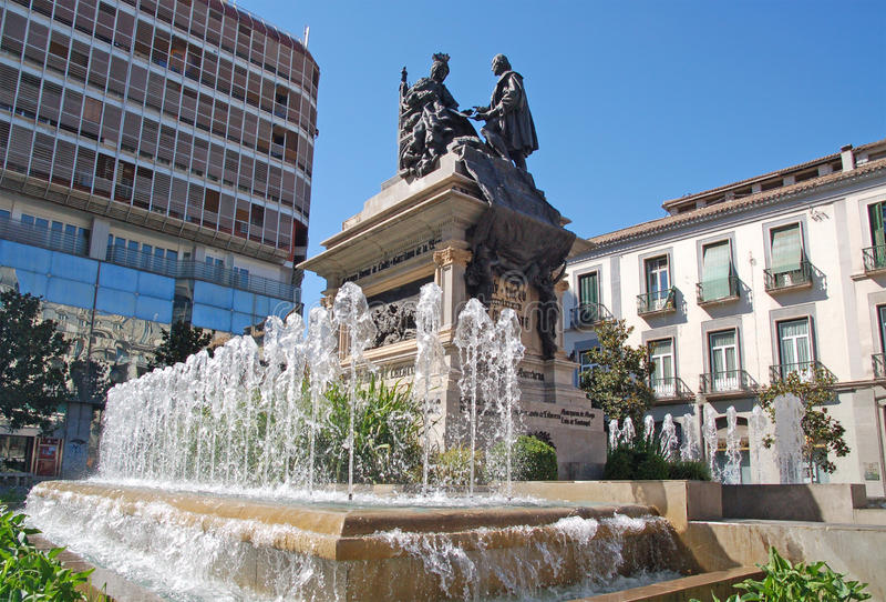 Kolumb Isabella i królowa, zabytek w Granada obrazy stock