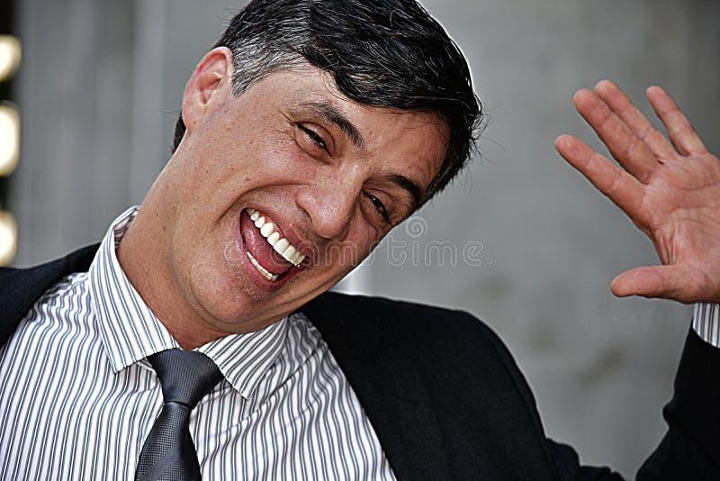 Kolumbijski Biznesowy mężczyzna I szczęście Jest ubranym kostium I krawat zdjęcia royalty free