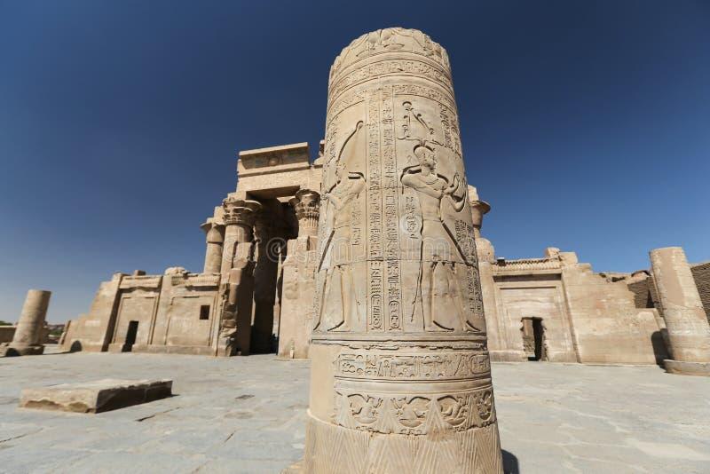 Kolumna w Kom Ombo świątyni, Aswan, Egipt fotografia stock