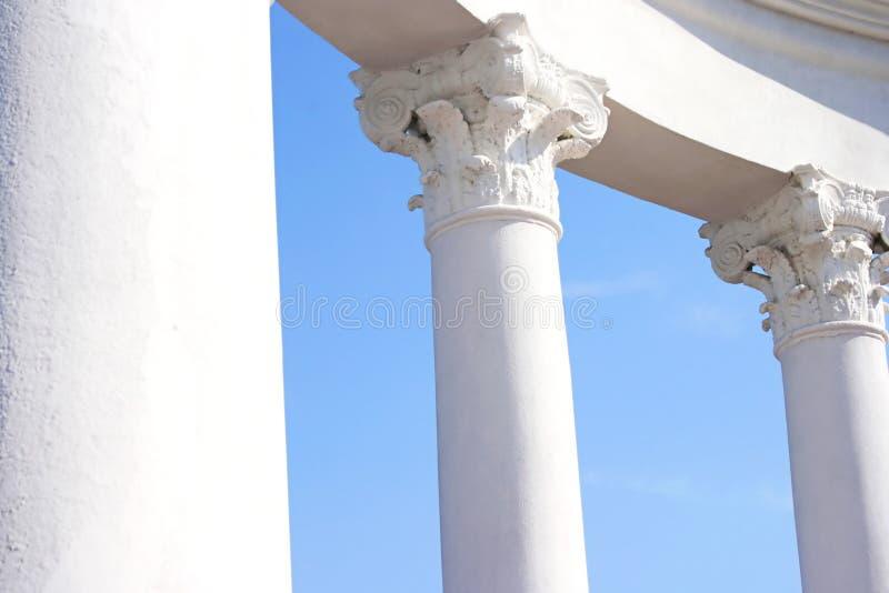 kolumny białe zdjęcia royalty free