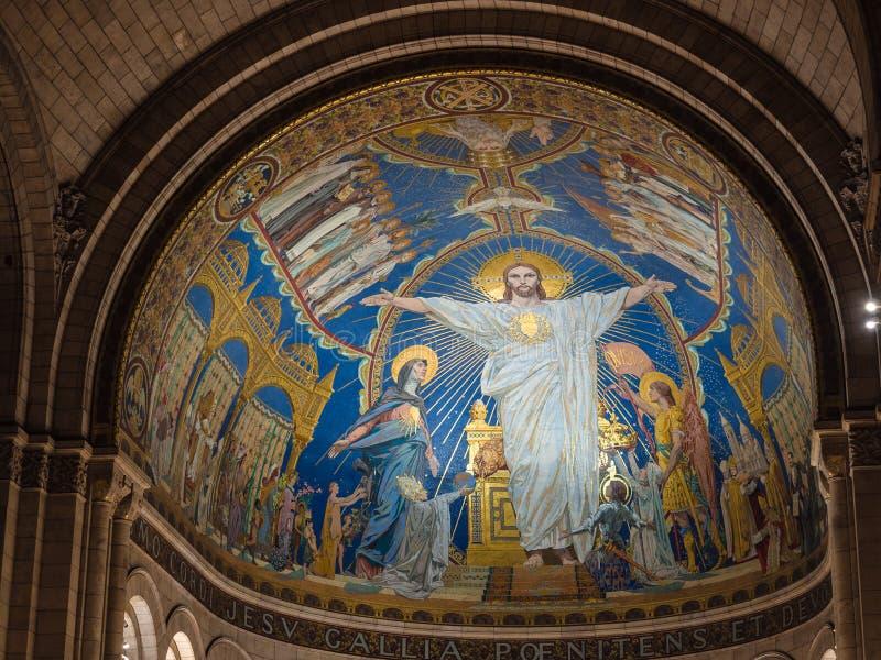 Kolumny i mozaika sufit z świętymi wizerunkami wśrodku sacre-c fotografia royalty free
