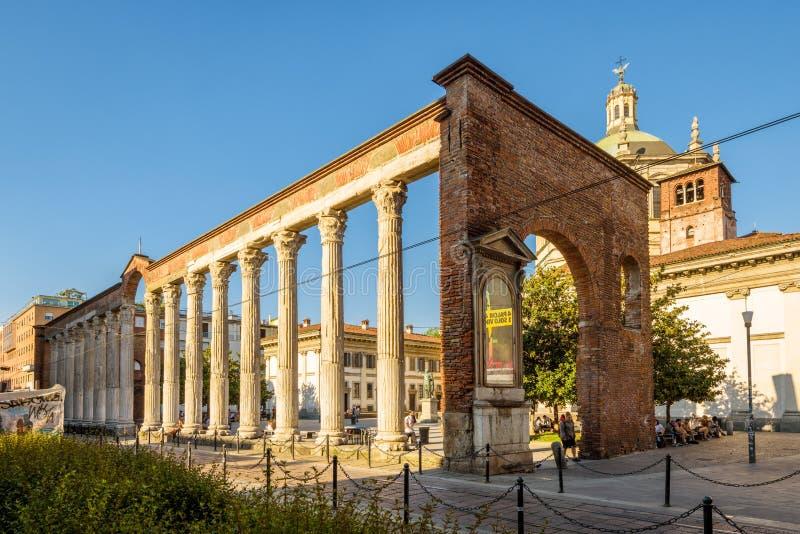 Kolumny San Lorenzo w Mediolan, Włochy fotografia royalty free