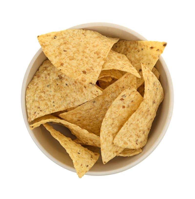 Kom die met tortillaspaanders wordt gevuld royalty-vrije stock afbeelding