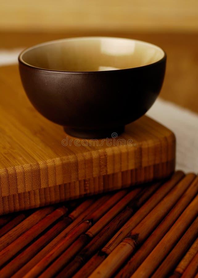 Kom op bamboe royalty-vrije stock afbeeldingen