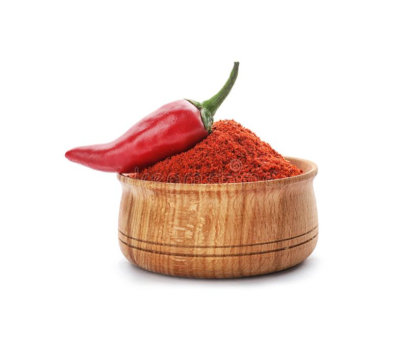 Kom van het poeder van de Spaanse peperpeper en verse groente stock foto's