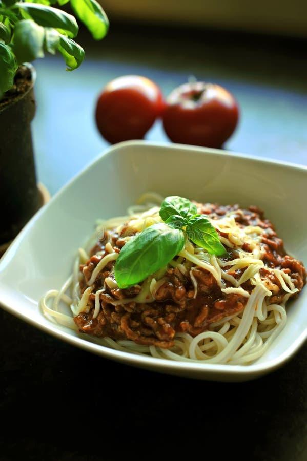 Kom van spaghetti royalty-vrije stock afbeeldingen