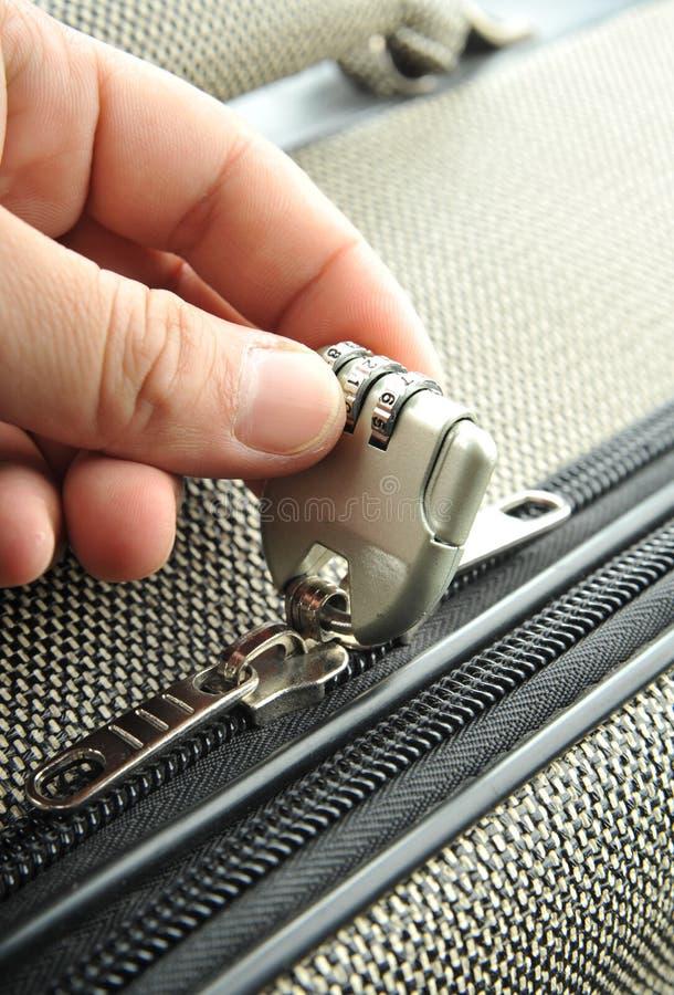 kombinaci kędziorka walizka zdjęcie royalty free