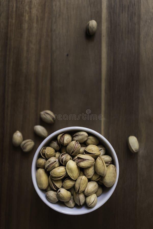 Komhoogtepunt van heerlijke Siciliaanse pistaches stock foto's