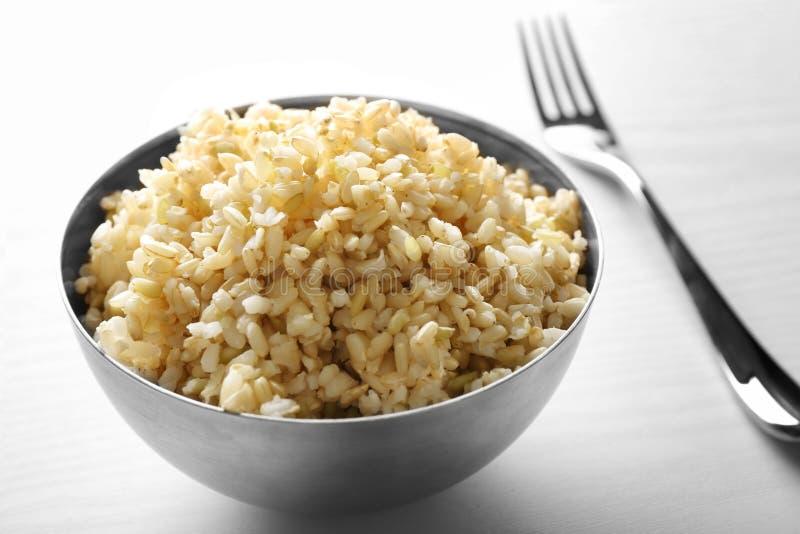 Komhoogtepunt van ongepelde rijst stock afbeelding