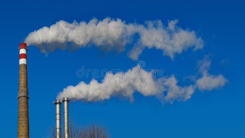Kominu dym zdjęcie royalty free