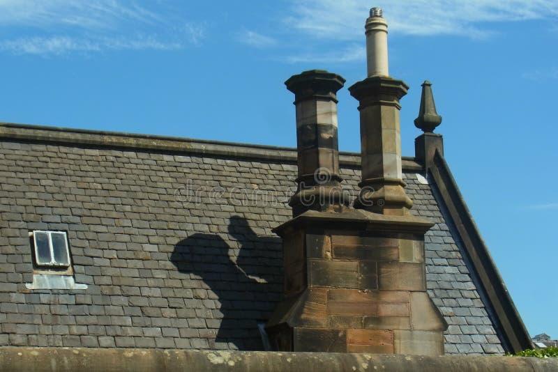 Kominy na domu w Szkocja obrazy royalty free