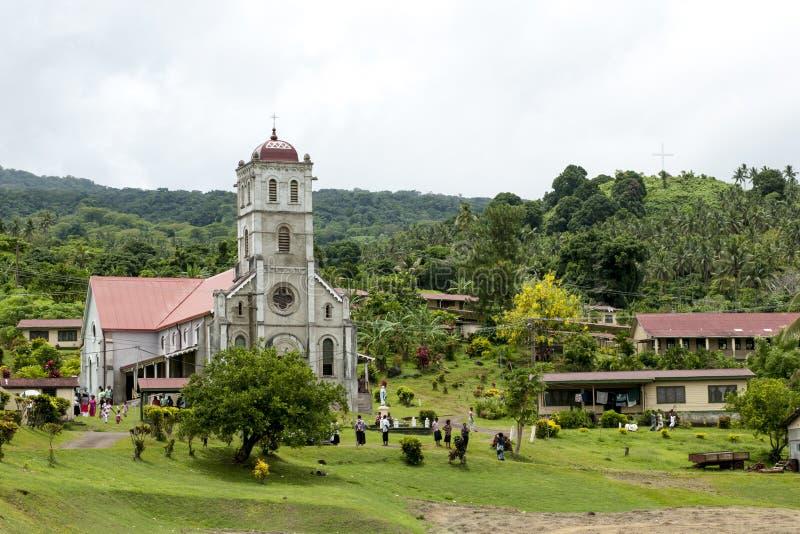 Komma från kyrka i Fiji royaltyfri fotografi