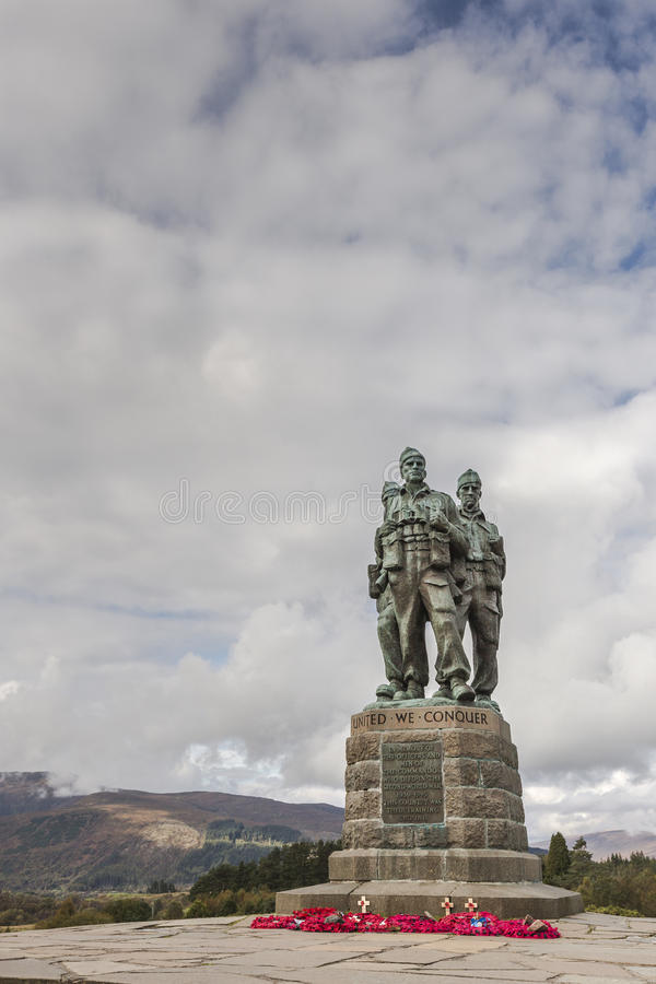 Kommandominnesmärke på den Spean bron i Skottland royaltyfri fotografi