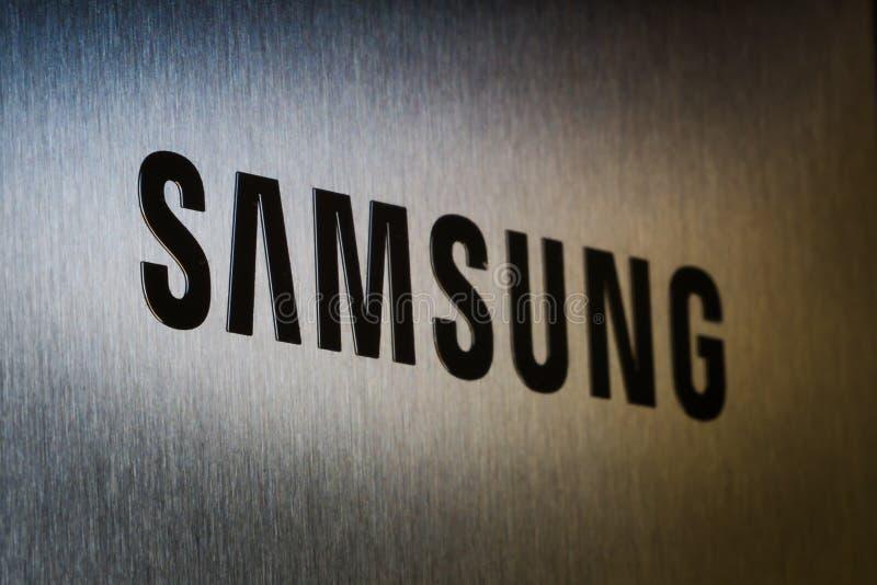 Kommersiell annonsering för Samsung logo royaltyfri fotografi