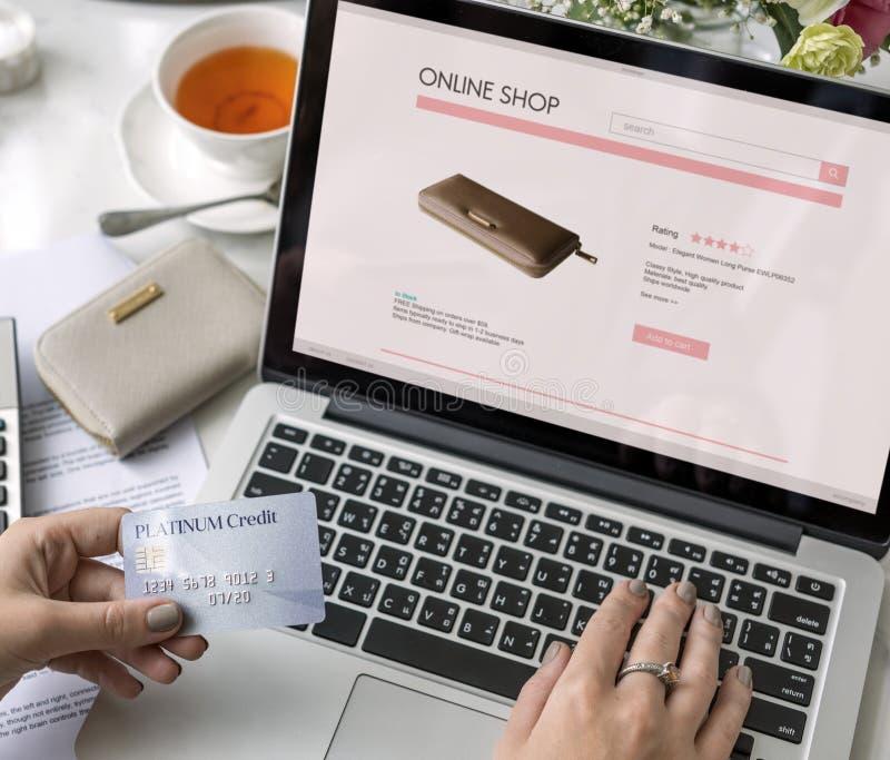 Kommersiellt online-internetbegrepp för shopping royaltyfria foton