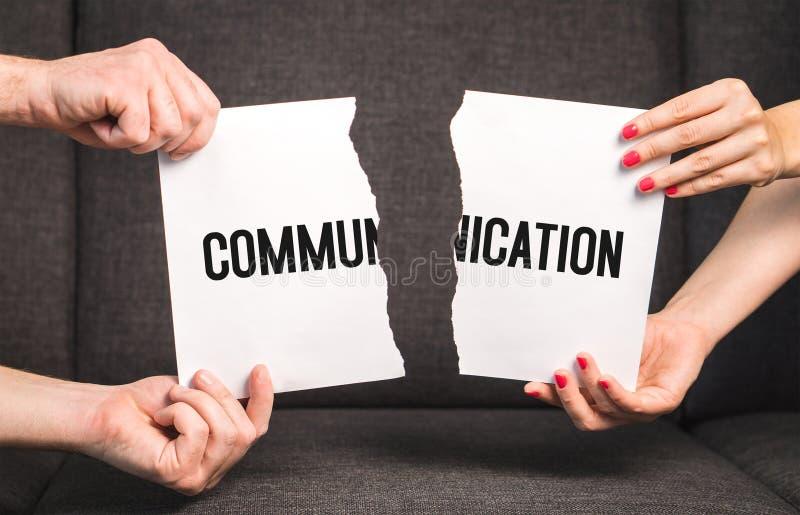 Kommunikations-Fehler im Verhältnis stockfotografie
