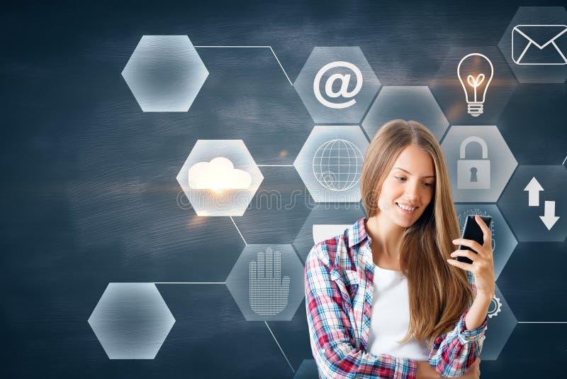 Kommunikations- och teknologibegrepp arkivfoton