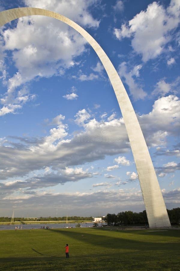 Kommunikationsrechner-Bogen in St. Louis lizenzfreies stockfoto