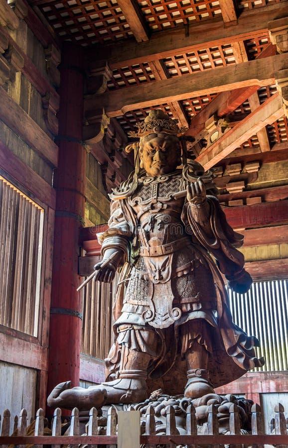 Komokuten en förmyndare på den Todaiji templet i Nara royaltyfri foto