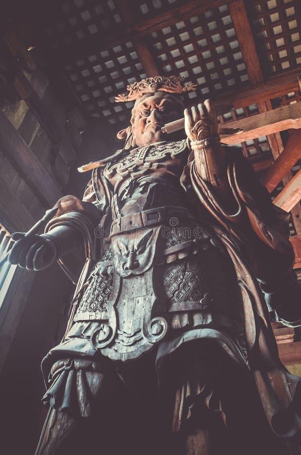 Komokuten staty i denhåla Todai-ji templet, Nara, Japan royaltyfri bild