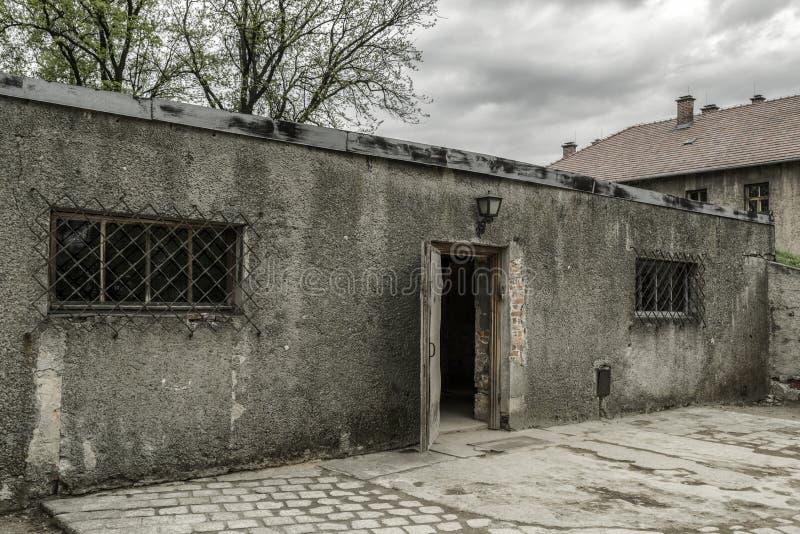 Komora gazowa przy koncentracyjnym obozem w Auschwitz Ja, Polska zdjęcia royalty free