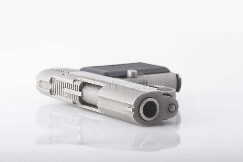 Download Kompakt pistol fotografering för bildbyråer. Bild av compact - 983243