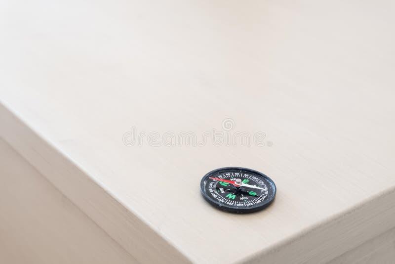 Kompas Nawigaci wyposażenie, metalu wymiernik fotografia stock