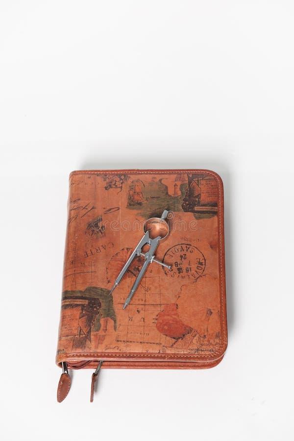 Kompas op een dagboek van de leerreis. royalty-vrije stock foto's