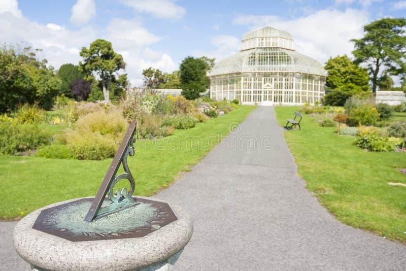 Kompas w Krajowym ogródzie botanicznym obraz stock
