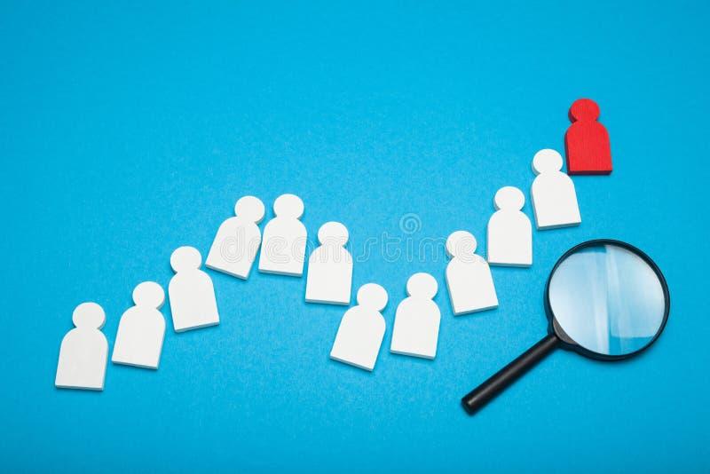 Kompetentny zapa?czany kandydat, wybiera ludzi Najlepszy klienta i klienta segment fotografia stock