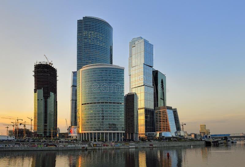 Komplex under konstruktionsMoskva-stad royaltyfria foton