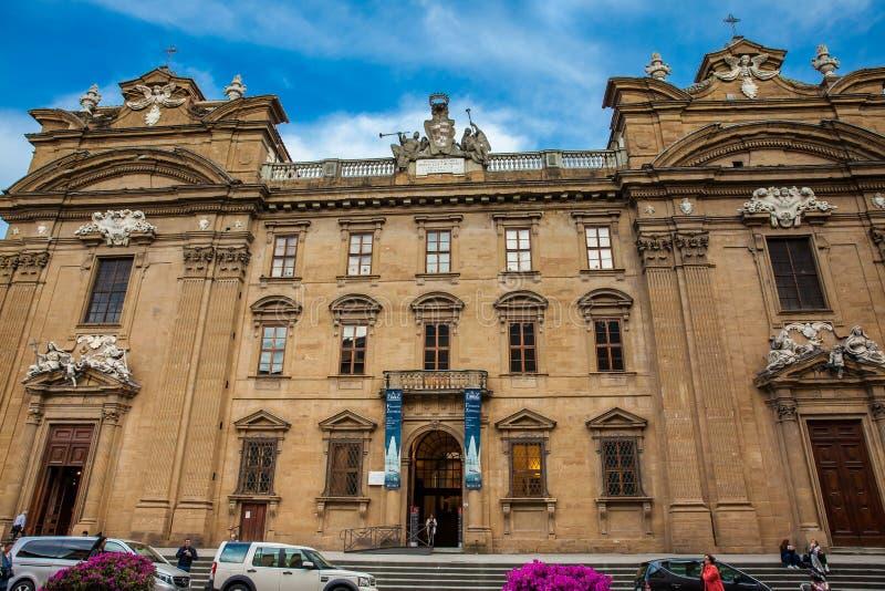 Komplexet av San Firenze är en barock stilbyggnad för härligt 17th århundrade arkivfoton