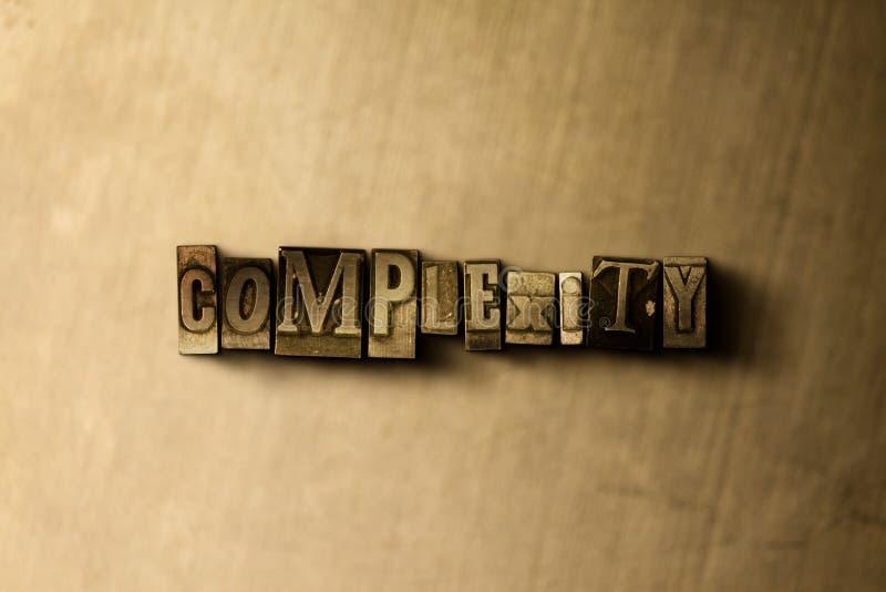 KOMPLEXITET - närbild av det typsatta ordet för grungy tappning på metallbakgrunden stock illustrationer