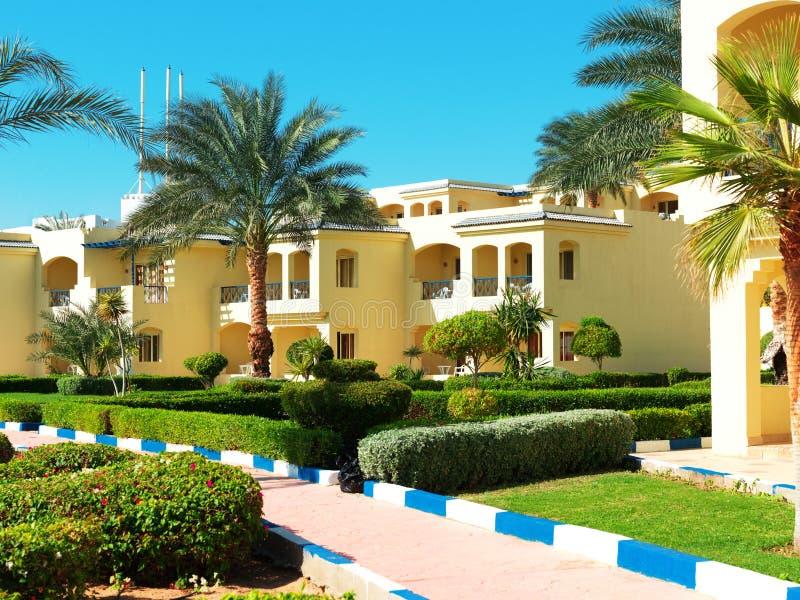 komplicerat egyptiskt hotell fotografering för bildbyråer