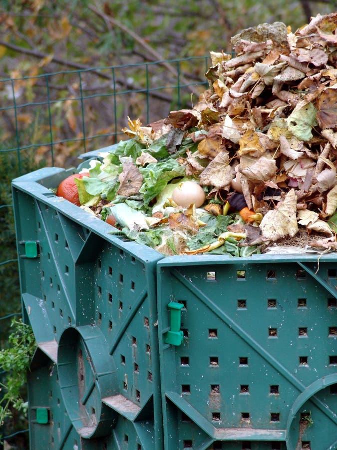 Download Kompostowania zdjęcie stock. Obraz złożonej z deska, przydział - 5753800