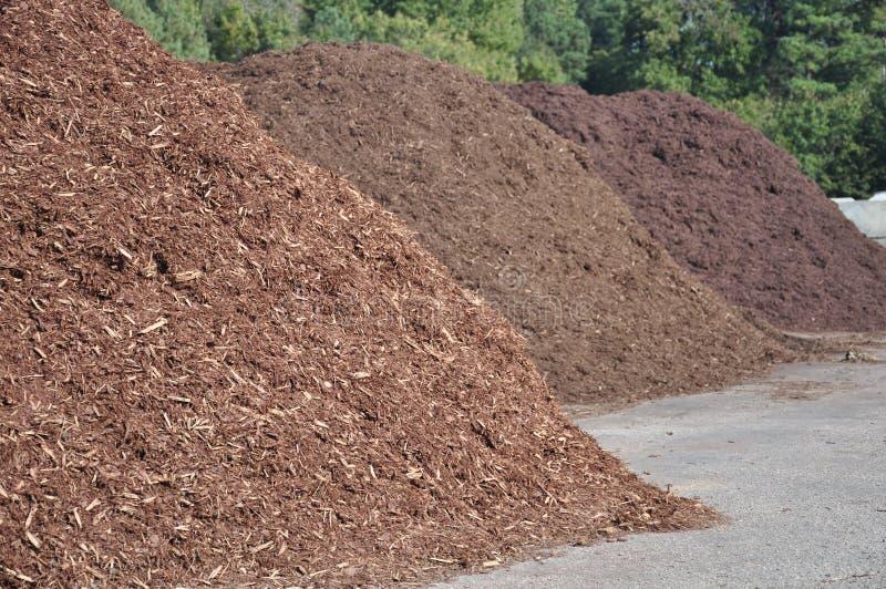 komposttäckningstaplar arkivbilder