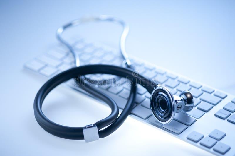 komputerowej klawiatury stetoskop obraz stock
